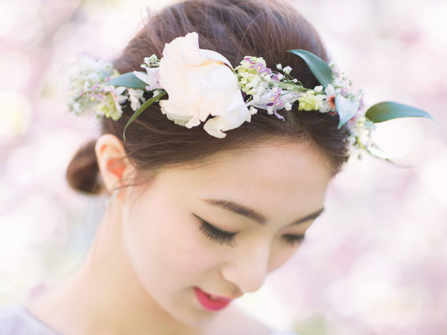Những ý tưởng kiểu tóc đẹp và phụ kiện tóc cho cô dâu trong ngày cưới