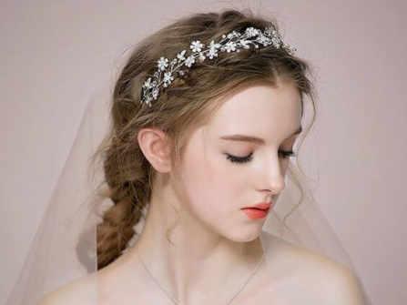 """Cô dâu nhất định phải chú trọng việc chọn chuyên gia make up trong ngày cưới, nếu không muốn biến thành """"thảm hoạ""""!"""