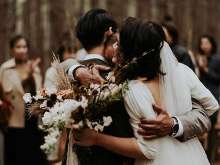 Đám cưới đặc biệt trong rừng thông Đà Lạt, chỉ có 50 khách tham dự và hoàn toàn không chụp ảnh cưới trước
