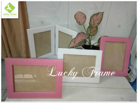 Bộ khung hình cửa sổ màu trắng+hồng để bàn tiệc