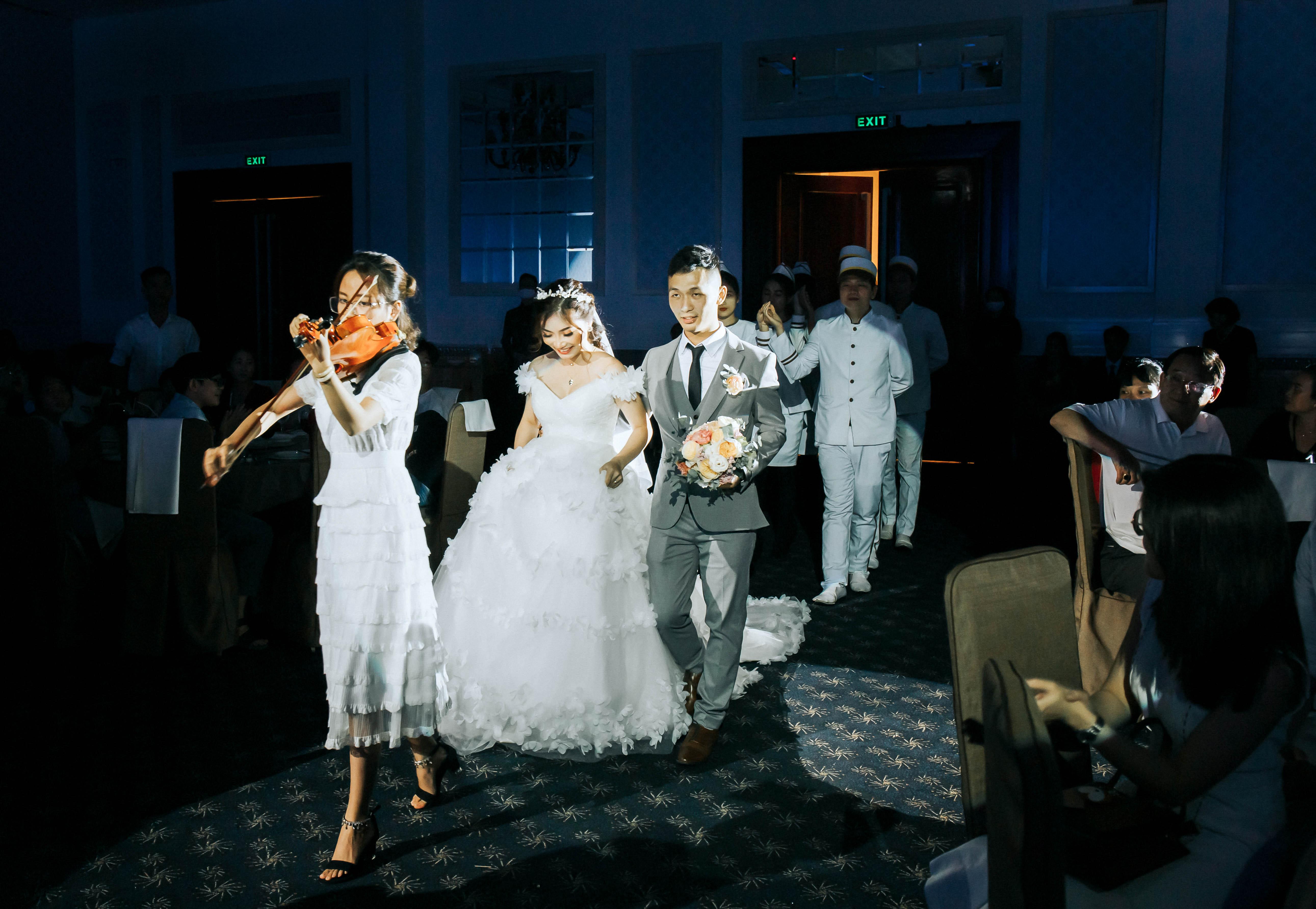 Share your wedding: Chia sẻ từ cô dâu Huệ Phạm và chú rể Viết Kiệt trong ngày đám cưới trọng đại tại Grand Palace ngày 17/05/2020