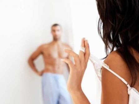 10 cách hâm nóng tình cảm để vợ chồng ngọt ngào như buổi ban đầu