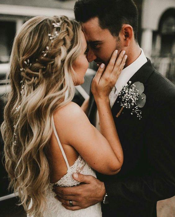 Tóc lượn sóng bồng bềnh ngây thơ cho cô dâu mặt tròn Marry
