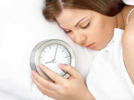"""Vì sao phụ nữ thường dễ """"ngủ nướng""""? Câu trả lời sẽ khiến bạn thấy thương vợ mình hơn"""