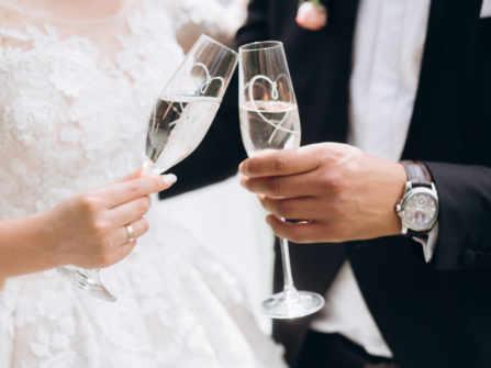Quà cưới cho bạn thân nên tặng gì cho thật ý nghĩa và độc đáo?