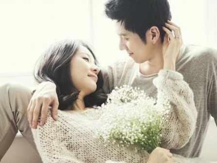 Người đàn ông tốt luôn dành cho vợ: 2 điều quan tâm, 3 lời cảm ơn, 4 sự tôn trọng