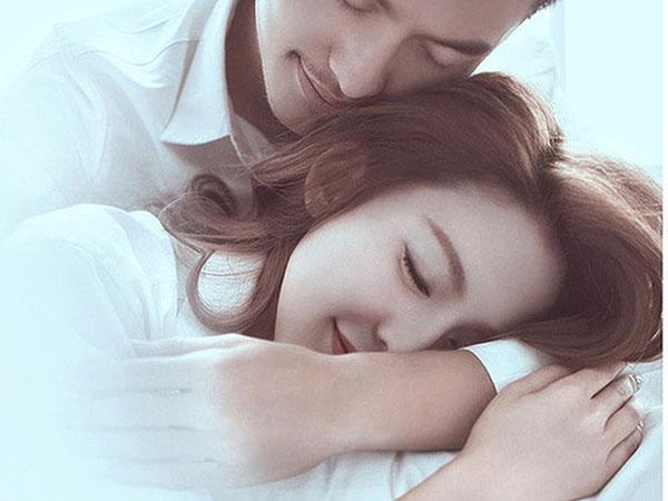 Khoa học chứng minh: Ngửi mùi hôi nách của chồng khiến vợ hạnh phúc Marry