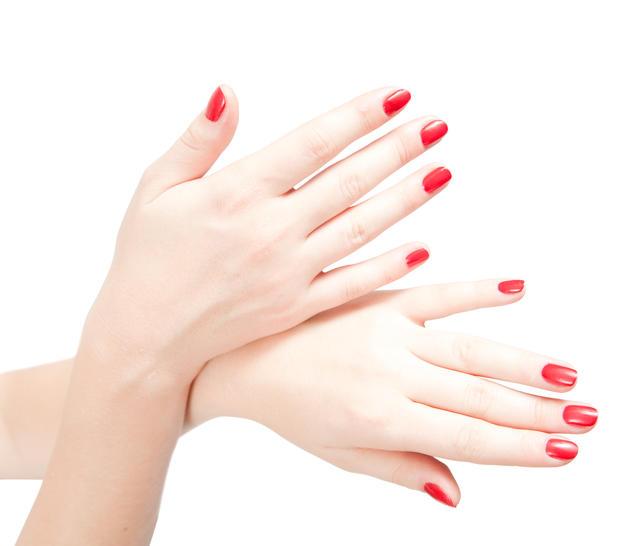 Tướng bàn tay phụ nữ giàu có, may mắn: Búp măng, mềm mại như bông Marry