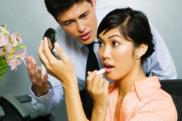 4 đặc điểm của chồng gia trưởng khiến vợ đau khổ triền miên, gia đình tan nát Marry