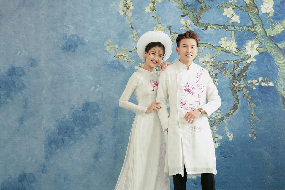 Áo dài cưới trắng đơn giản hoa văn Marry