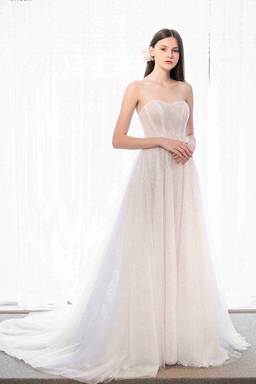 Váy cưới đơn giản sang trọng chữ A Marry