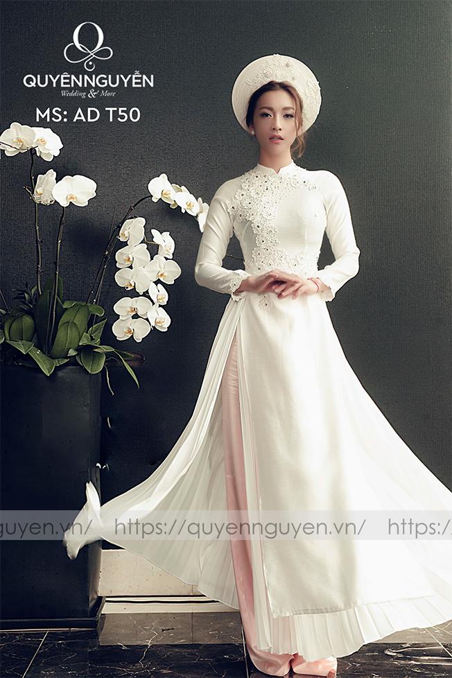 Áo dài cưới trắng đơn giản 4 tà Marry