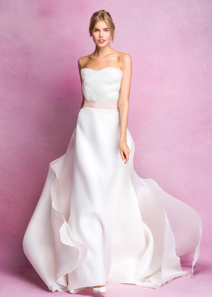 Váy cưới sang trọng đơn giản Marry
