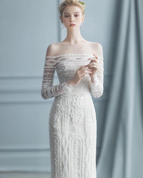Váy cưới đơn giản sang trọng trễ vai 3 Marry