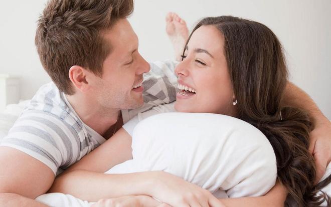 Đây là những thói quen khi ngủ của một ông chồng yêu vợ Marry
