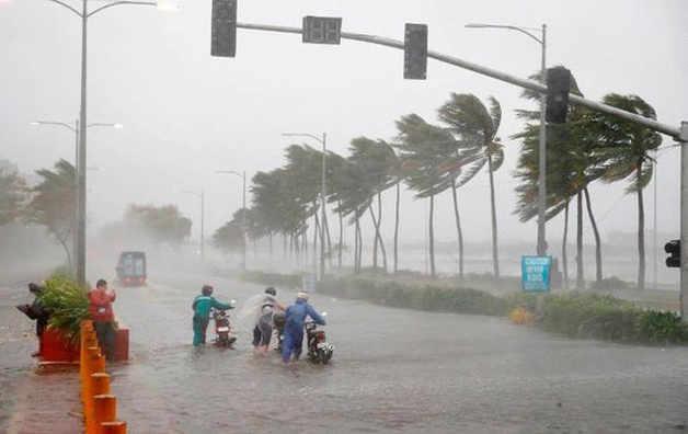 Bão số 5 gây mưa lớn tại các khu vực miền Trung
