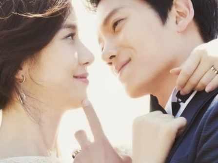8 biểu hiện vợ chồng cực kì yêu nhau, vợ chồng bạn có mấy điểm?