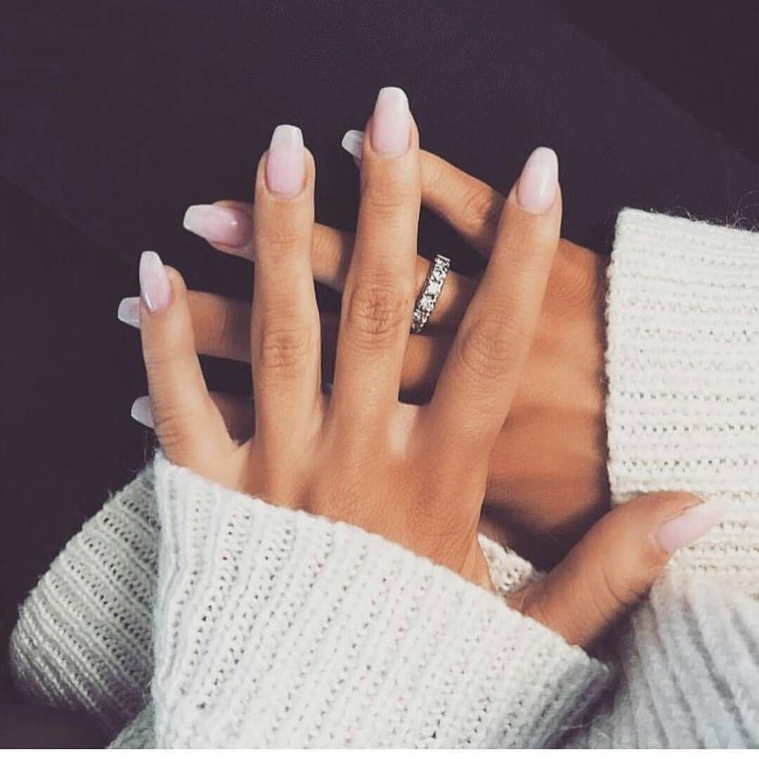 """Anh chàng tạo ra """"bí kíp sống còn"""" khi chọn bạn gái chỉ dựa vào… móng tay Marry"""