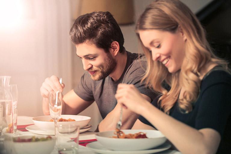 Nên quan hệ vợ chồng vào lúc nào trong ngày là tốt nhất? Marry