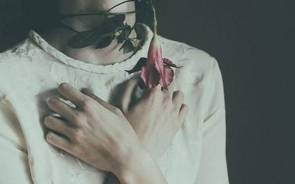 Trong tình yêu, nếu cùng lúc yêu hai người, hãy chọn người thứ hai Marry